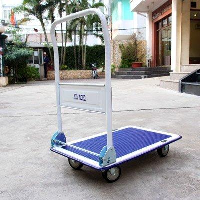 Hạn chế để xe đẩy tiếp xúc trực tiếp với ánh nắng mặt trời